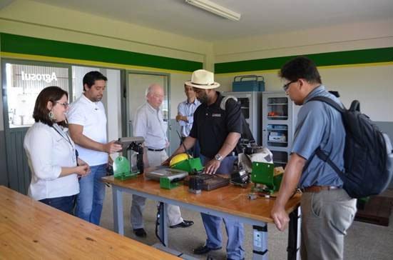 Centro de Treinamento da Abapa recebe visita