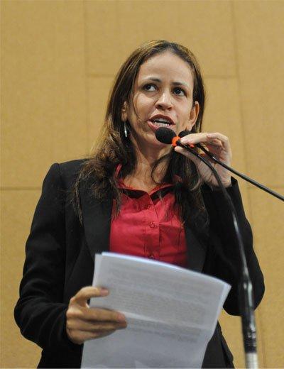 Deputada estadual Kelly Magalhães (PCdoB)