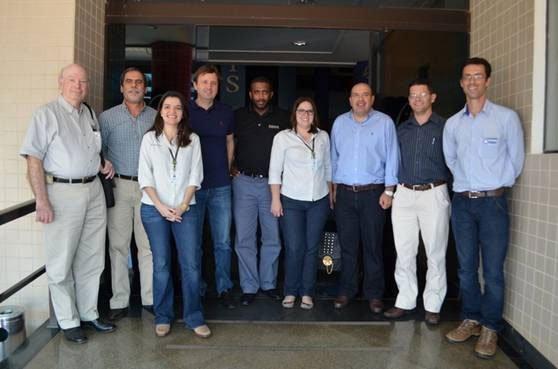 Encontro entre representantes da Abapa, Agrosul, John Deere e professores americanos