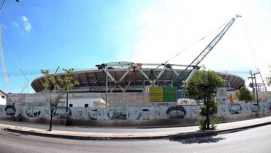 A Arena Amazônia também sofrerá com a falta de atividade após a Copa do Mundo. Com grande torcida no norte e no nordeste brasileiro, o governo local terá que recorrer aos times do Sudeste para salvar o estádio. O Vasco já jogou por lá na Copa do Brasil, assim como fará o Corinthians. No futuro, o Flamengo também deve aparecer por Manaus   Foto: GASPAR NÓBREGA/Gazeta Press.