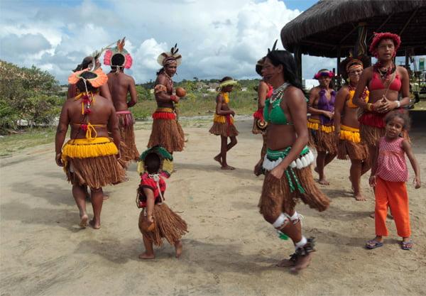 Índios da Aldeia Nova Coroa   Foto: Camila Souza