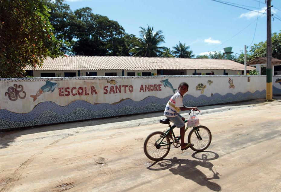 Escola beneficiada pela Seleção Alemã   Foto: Camila Souza
