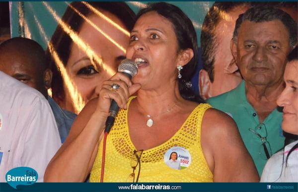 Carmélia da Mata, mostrou seu descontentamento com a atual administração e manifestou apoio a Jusmari Oliveira | Foto: Osmar Ribeiro