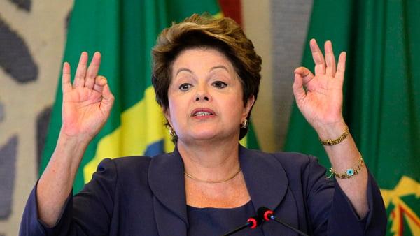 Dilma garante não mexer  nos direitos trabalhistas   Foto: reprodução