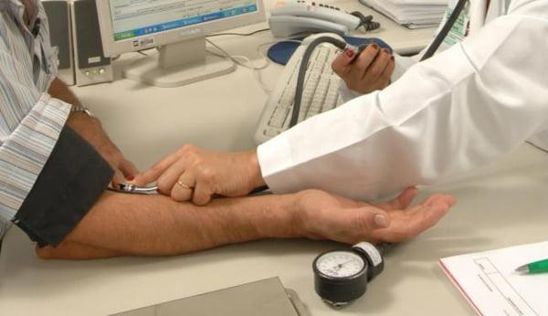 15% é o índice da alta de ofícios enviados pelo Cremeb a médicos para verificar a autenticidade | Foto: André Valentim
