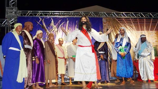 O espetáculo será encenado na Praça da Bíblia a partir das 19h30 do próximo domingo | Foto: Divulgação