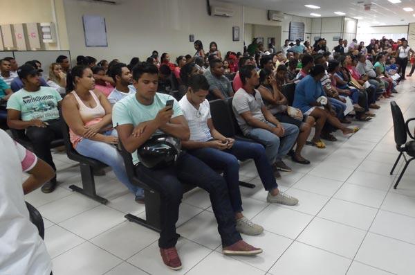 Os funcionários do SAC Barreiras terão um final de semana prolongado   Foto: Osmar Ribeiro/Falabarreiras