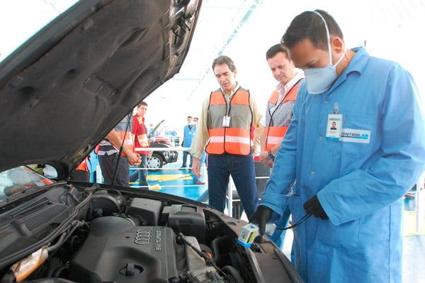 A suspensão da obrigatoriedade da vistoria veicular foi determinada pelo governo da Bahia | Foto: Reprodução http://static.blogdaresenhageral.com.br/