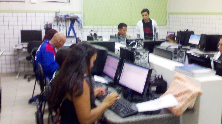 o-uso-da-tecnologia-a-servico-da-aprendizagem-01