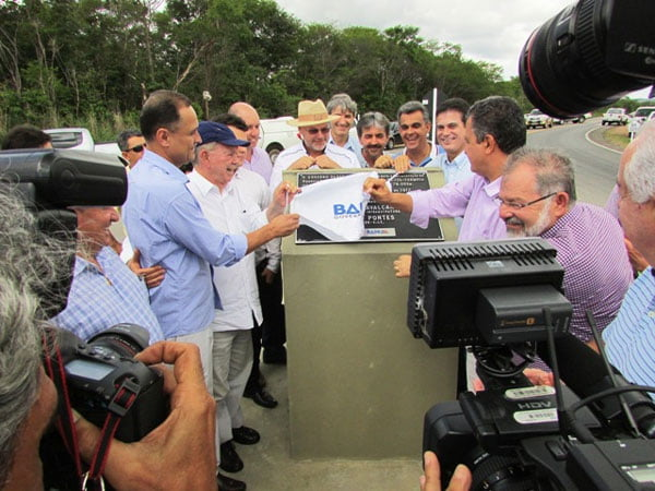 Agricultores-da-Coaceral-reivindicam-seguranca-juridica-para-governador-da-Bahia-01