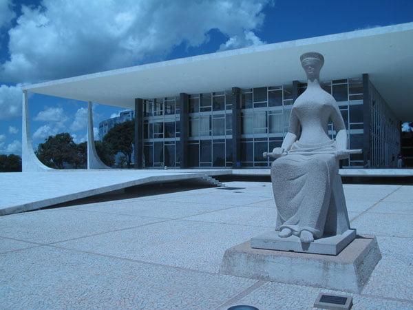 O Judiciário Brasileiro necessita de mudanças   Foto: Reprodução http://gustavomiquelinfernandes.blogspot.com.br