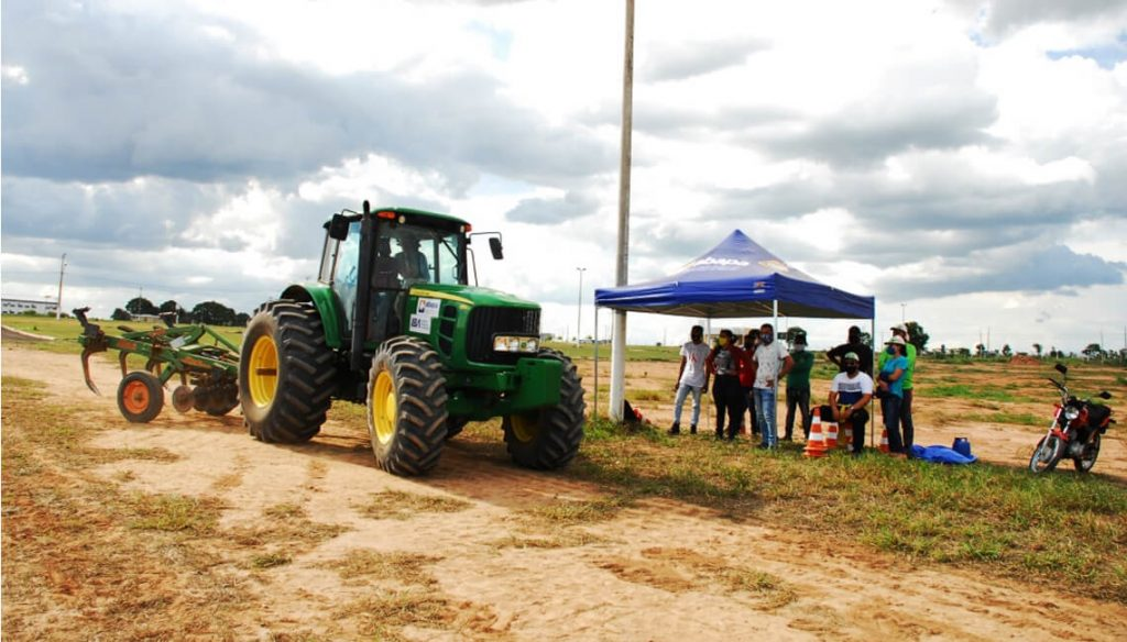 Curso de operador de trator agrícola