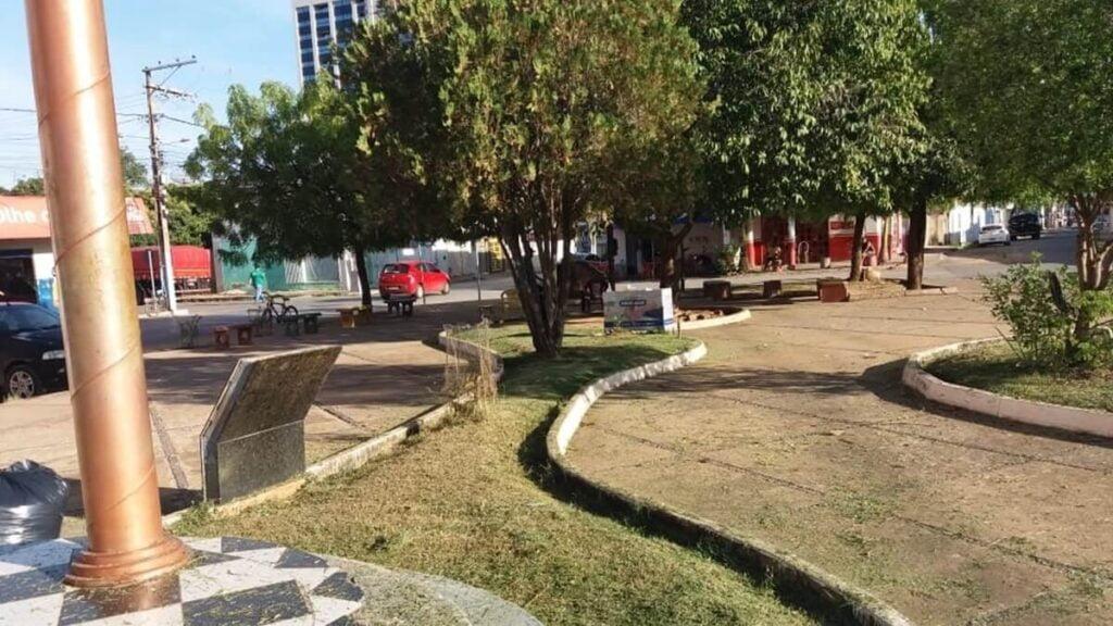 Praças de Barreiras.