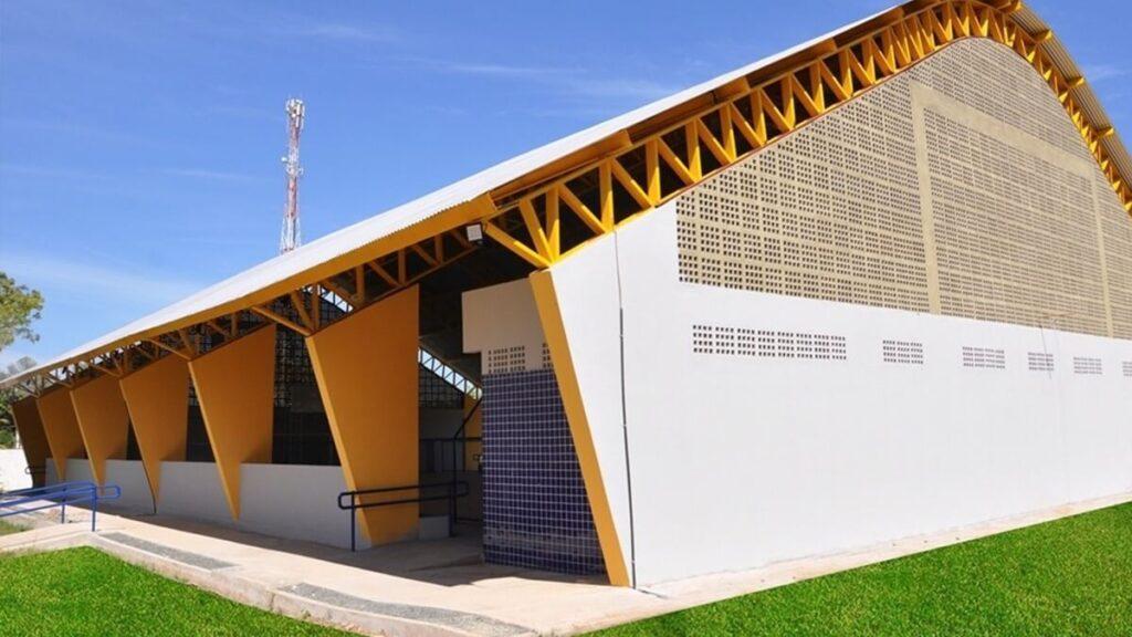 Barreiras 19 obras na área da educação em comemoração ao aniversário do município