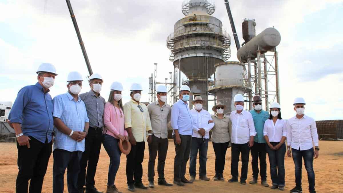 Antonio Henrique Júnior visita obras da primeira usina de açúcar e etanol da Região Oeste, em companhia do Governador Rui Costa e Vice-governador João Leão