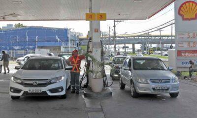 Governo da Bahia mantém mesma alíquota de cobrança de ICMS sobre preço de combustíveis há quatro anos