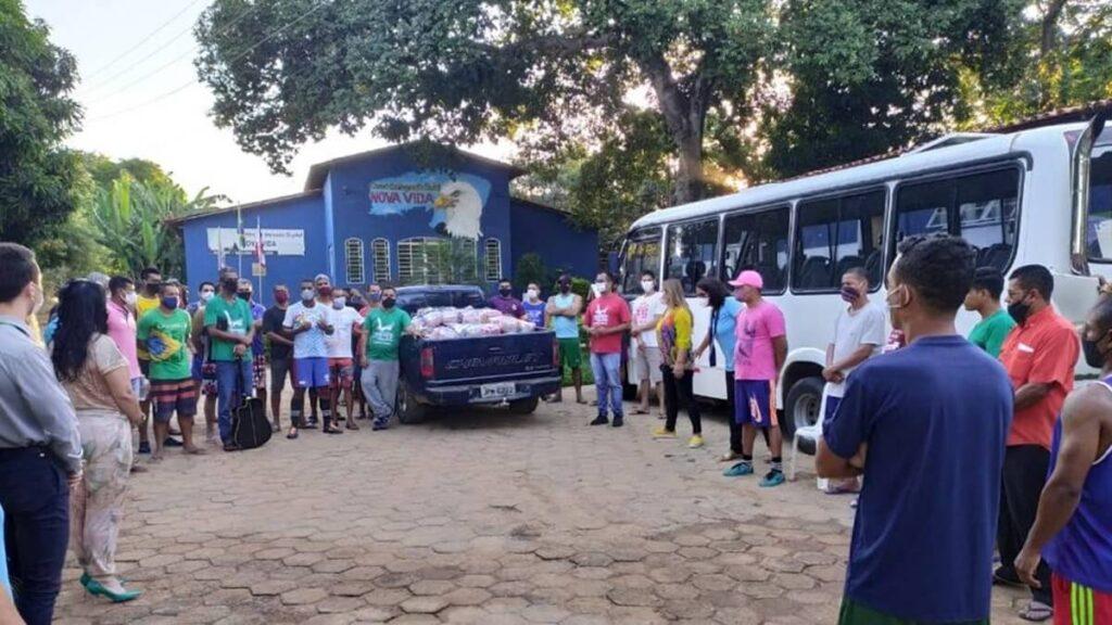 Campanha Solidária do Sicredi arrecada 16 toneladas de alimentos para famílias carentes de Barreiras